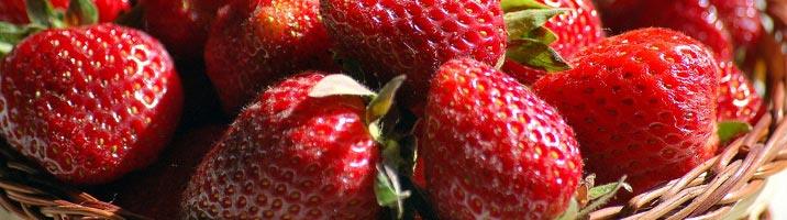Insalata primaverile alle fragole
